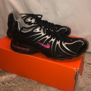 Nike Shoes - Women's Nike Air Max Shoes